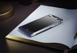 Vertu lança smartphone Signature Touch com preço de R$ 23 mil