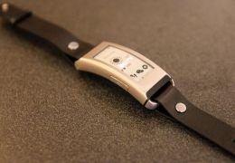 Lenovo lança pulseira Vibe Band VB10