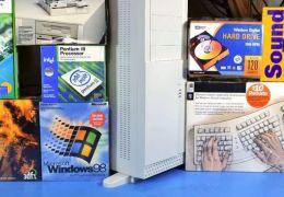 Usuário monta PC gamer apenas com peças antigas de PC