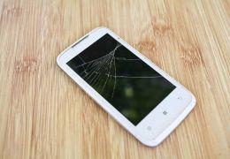 Pesquisa revela quantas telas de celular quebram nos EUA por hora